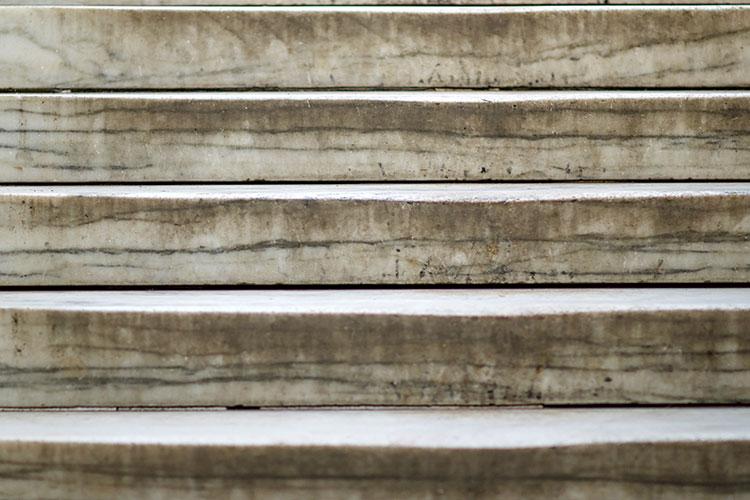 Comment r parer un nez de marbre ou un rebord de fen tre for Reparer une fenetre